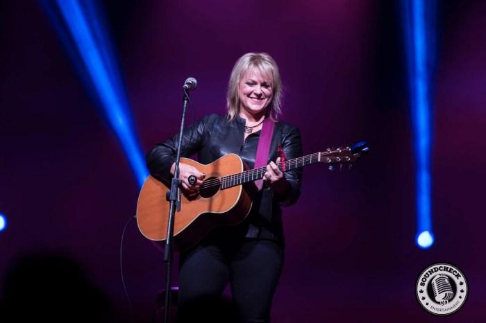Carolyn Dawn Johnson plays to the FanFest Crowd in Halifax - JB Photography