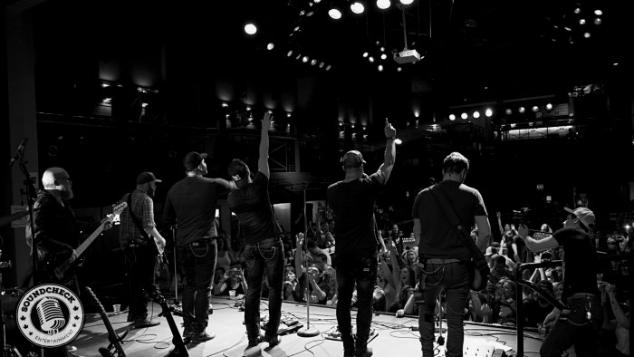 Curtain Call @ Dallas Night Club in Kitchener on the Three's A Party Tour - Photo: Corey Kelly