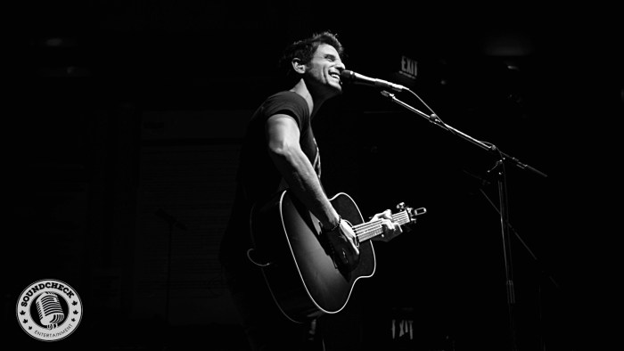 Jesse Labelle performs @ Dallas Night Club in Kitchener on the Three's A Party Tour - Photo: Corey Kelly