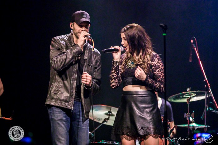 Chad Brownlee & Jess Moskaluke perform at KX Country's Bright Light Big Country concert at The Phoenix Concert Theatre - Photo: Scott Burns