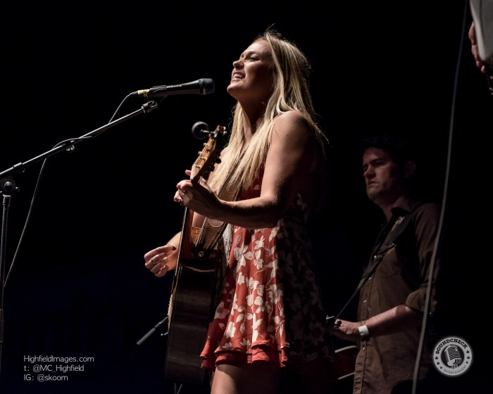 Meghan Patrick @ #Country4FortMac at The Phoenix in Toronto - Photo: Mike Highfield