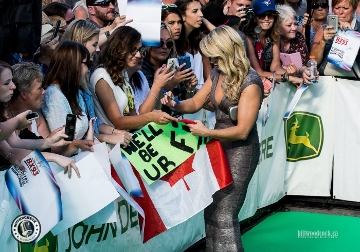 Meghan Patrick signing for the fans on the John Deere Green Carpet at the 2016 CCMA Awards - Photo: Bill Woodcock