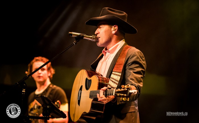 George Canyon performs during the Invictus Party during CCMA Week in London - Photo: Bill Woodcock