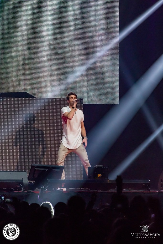 The Chainsmokers perform at iHeart Radio's Jingle Ball on November 25 at Air Canada Centre - photo by Matthew Perry