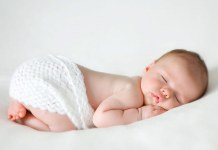 Baby sleeping positions - questions mom with newborn baby frequently ask
