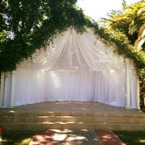 Ceremony Draping at Frasinetti's Restaurant