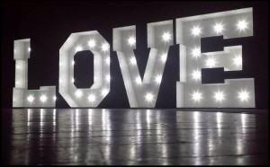 Light-Up-Love-Letters-South-Wales1