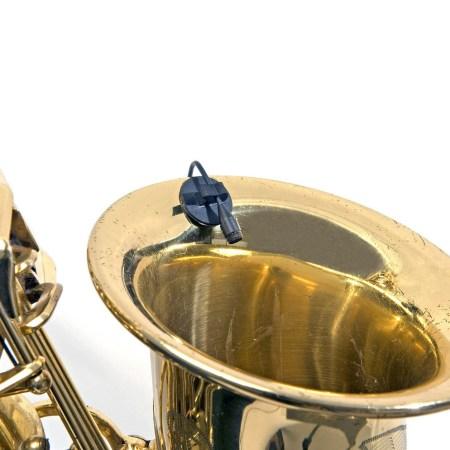 DPA d:screet 4061 Mic on Saxophone