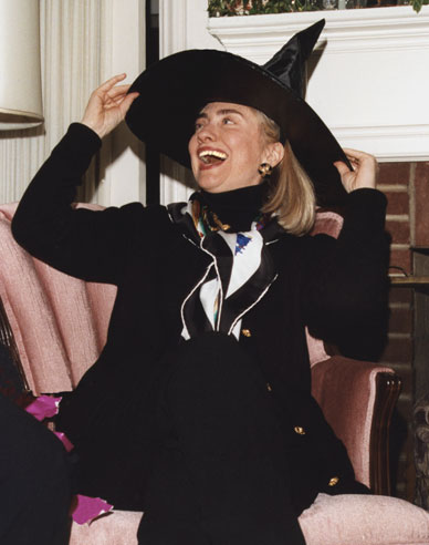 https://i2.wp.com/www.soundoffcolumn.com/images/hillary-clinton-witch.jpg