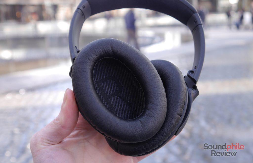 Bose QuietComfort 35 earcups