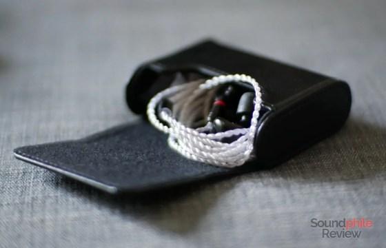 Best earphone case