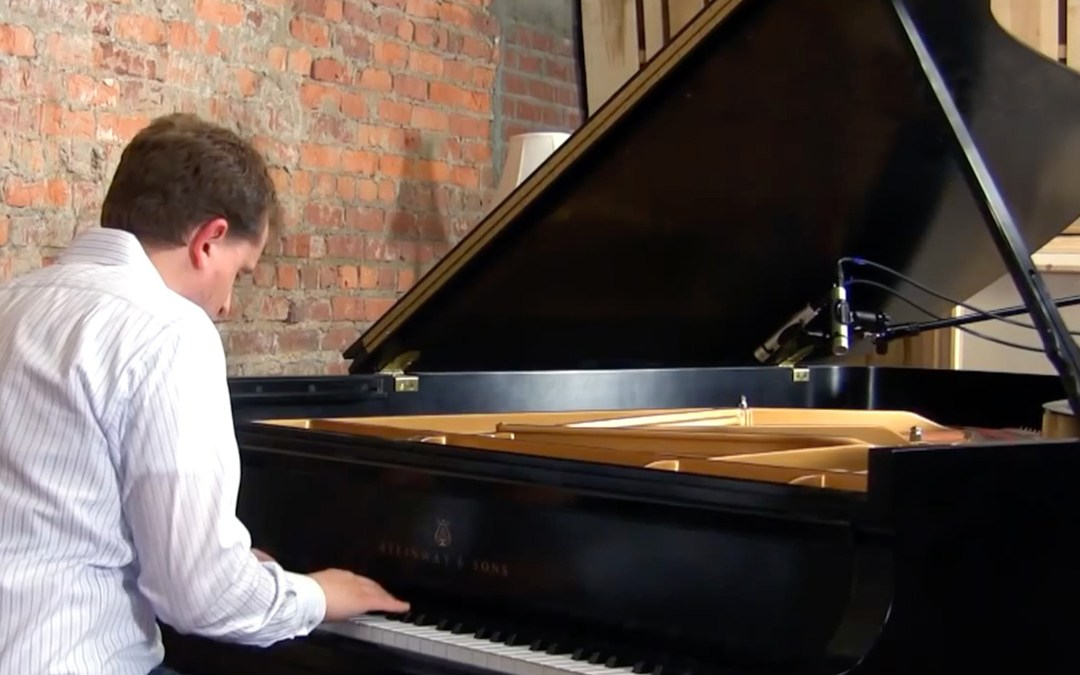 How to Record Grand Piano: Cardioid vs. Omni Microphones