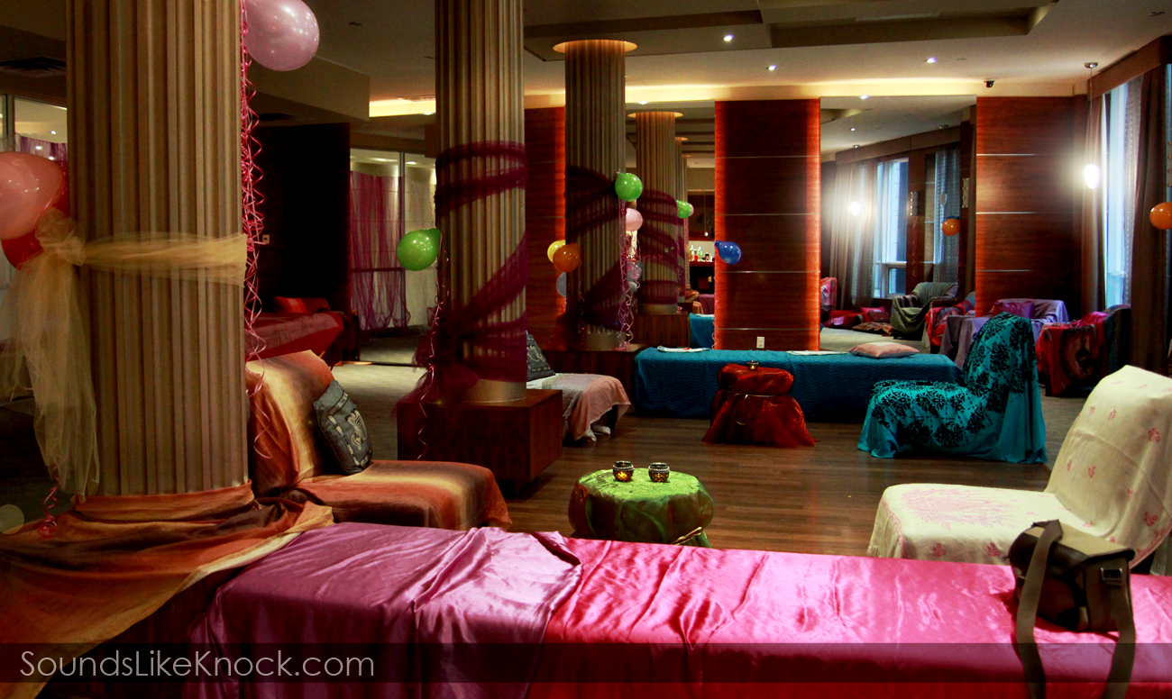 decorate room at a bollywood party