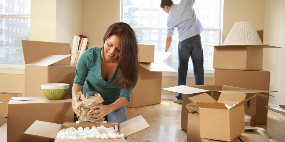 buying a private sale in Guelph - Packing boxes