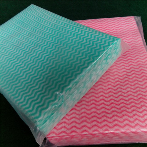 Non woven folded wipes into polybag