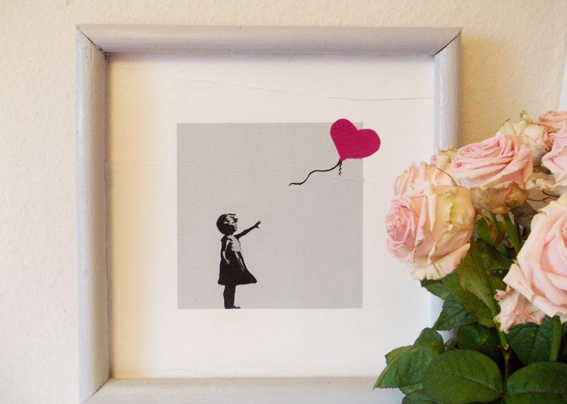 balloon girls von banksy dekobild selbst gestalten. Black Bedroom Furniture Sets. Home Design Ideas
