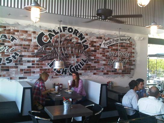 California Fish Grill Plaza El Segundo-Dining Room