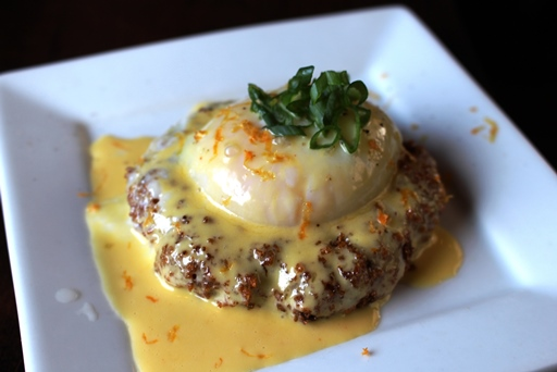 Crab cake with grapefruit hollandaise.
