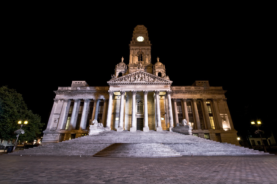Portsmouth Guildhall at Night