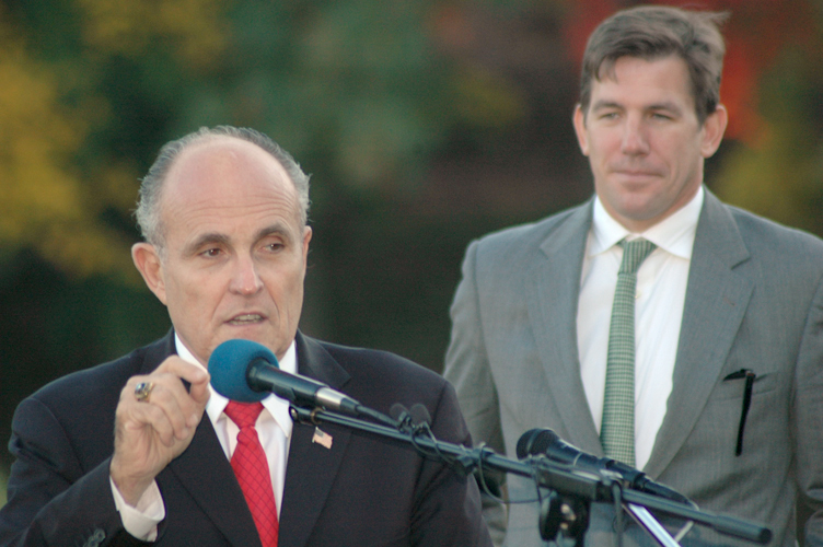 Thomas Ravenel with Rudy Giuliani in 2004.
