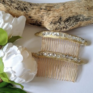 Golden sparkles hair comb