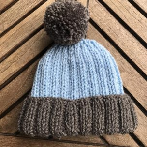 blue and grey knitted hat