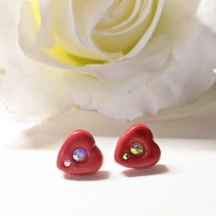 Small heart studs style 2