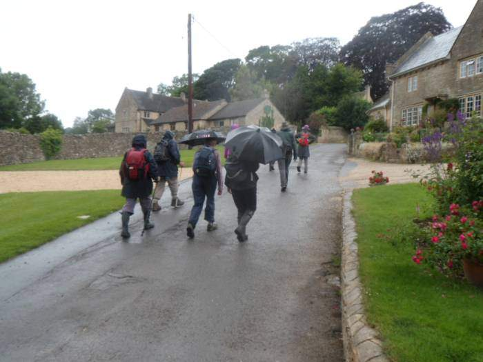 And we head up through Maugersbury into Stow where people disperse into the shops.