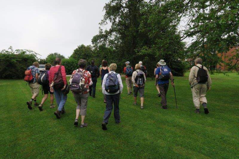And we head off en masse to start our walk