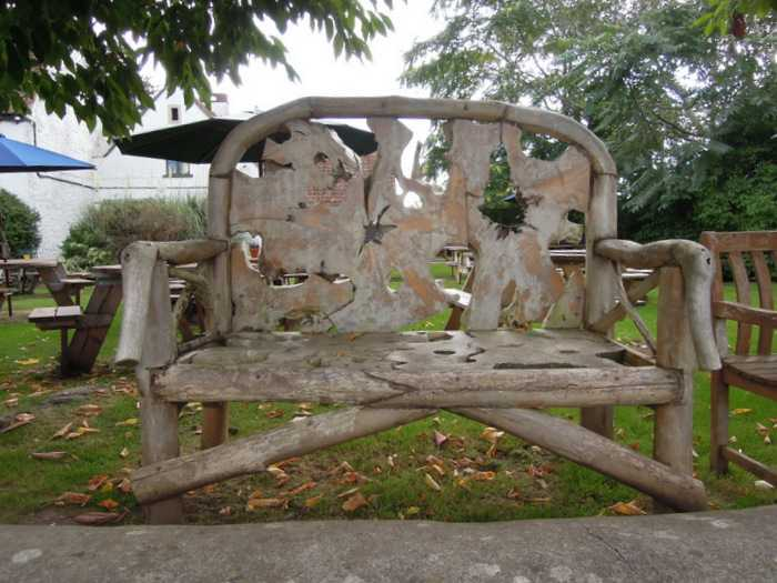A fascinating bench