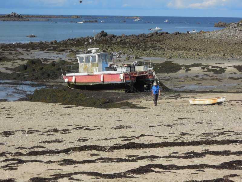 Richard decides he'd rather ramble than captain this boat