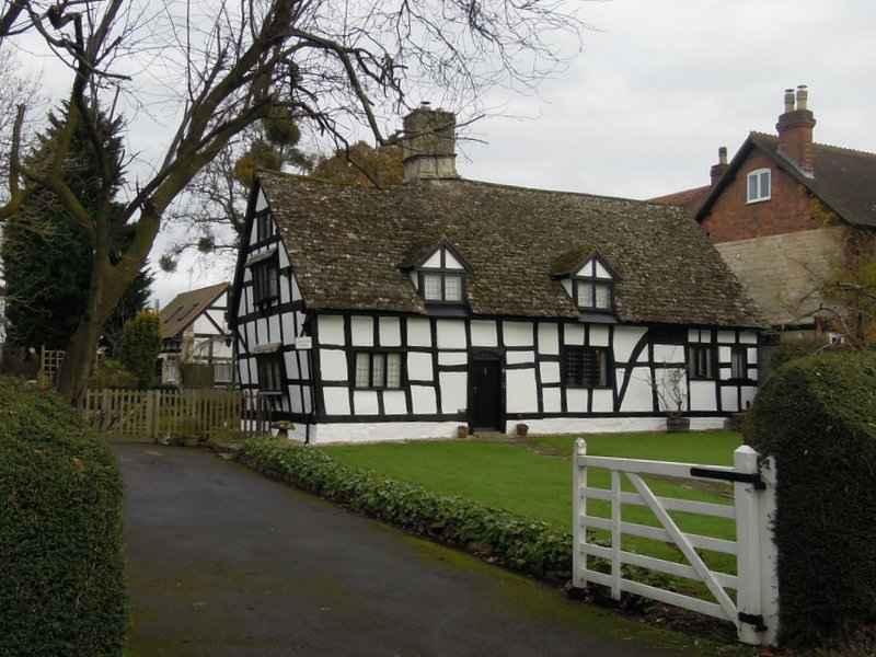 Past a photographer's favourite cottage