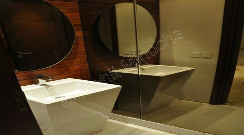 bathroom-16-sep-16-64