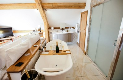The double ended bath in the Owl & Kite Room