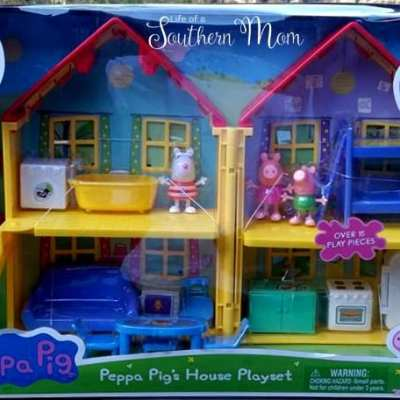 Happy Holidays with Peppa Pig