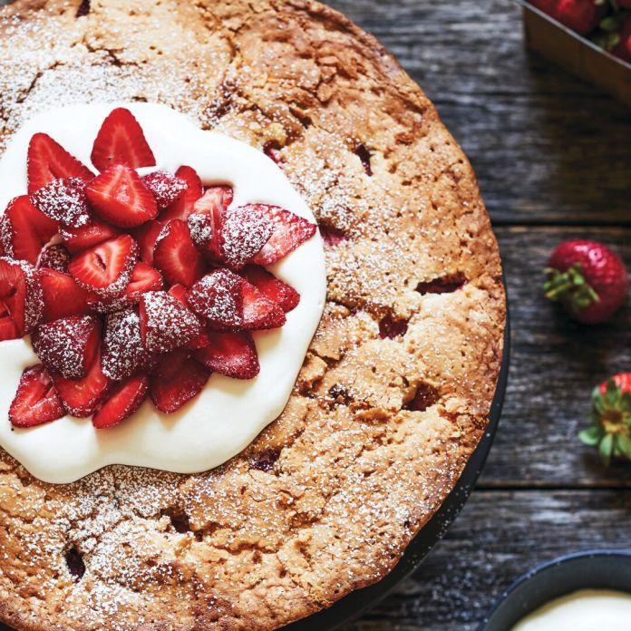 Anne Byrn's skillet strawberry pound cake