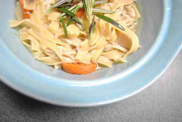 Easy Crock Pot Chicken Noodle Soup