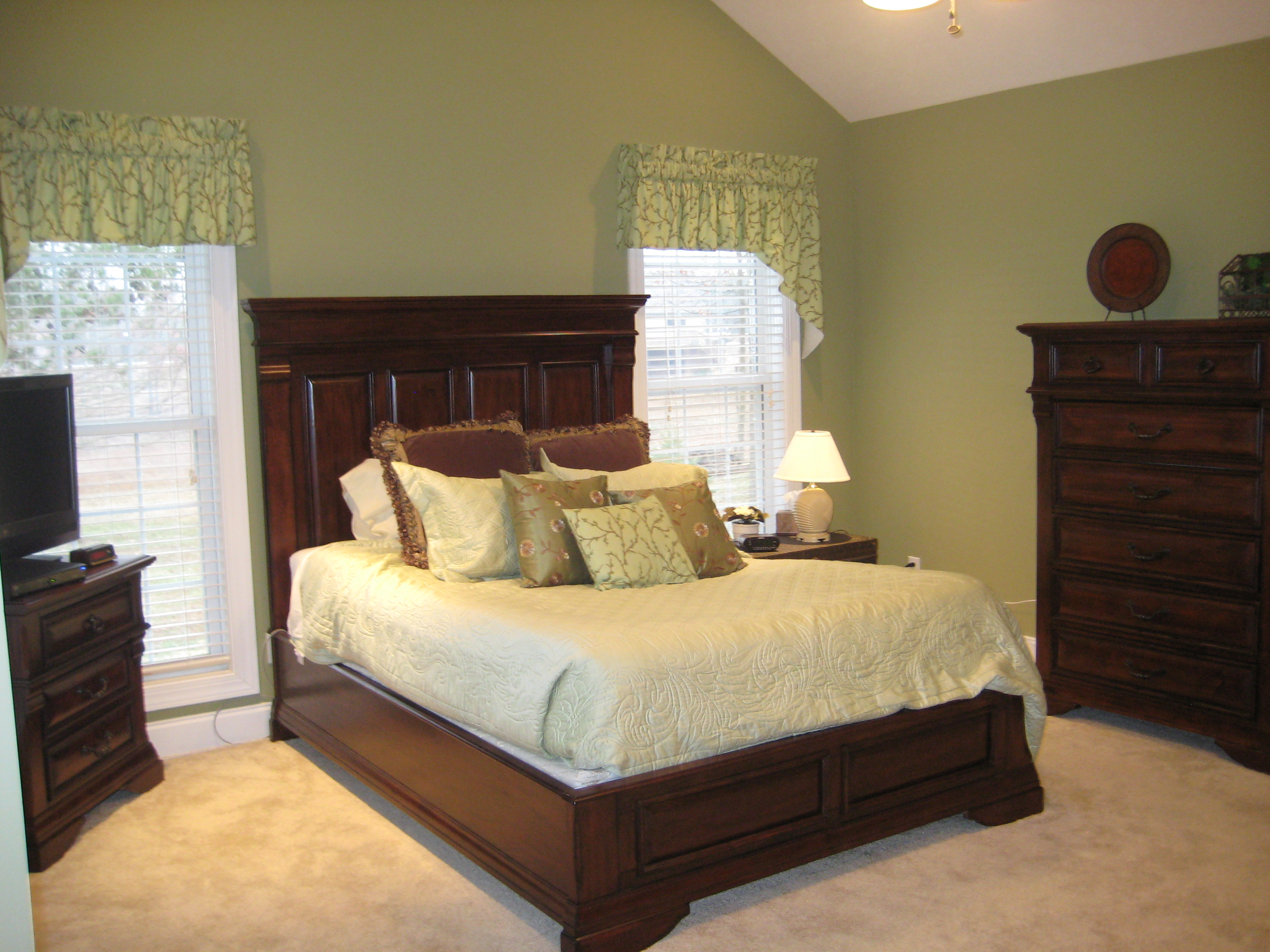 Green Bedroom With Espresso Furniture Summer To Fall Looks