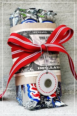 40 Creative Ways to Gift Money to the Graduate!