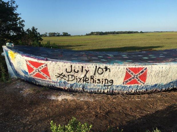 folly-boat-confederate-flag