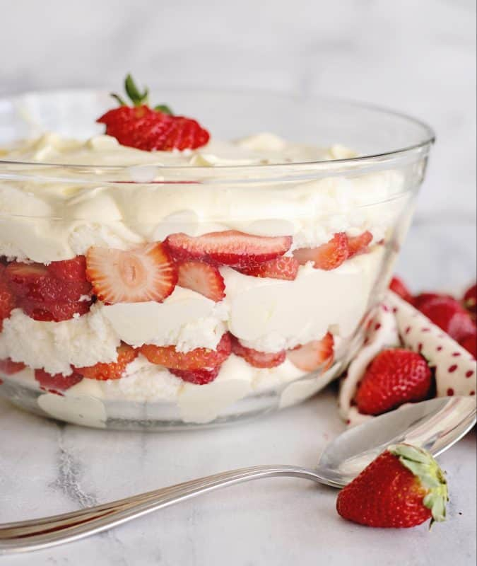 Meal Plan Monday #151 Strawberry Punch Bowl Cake