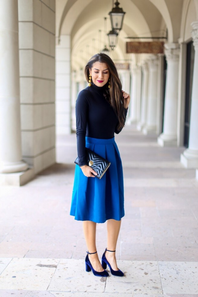 Turtleneck and Skirt Outfit Idea