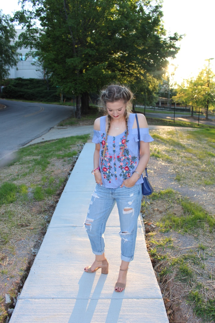 outfit, fashion, style, boyfriend jeans