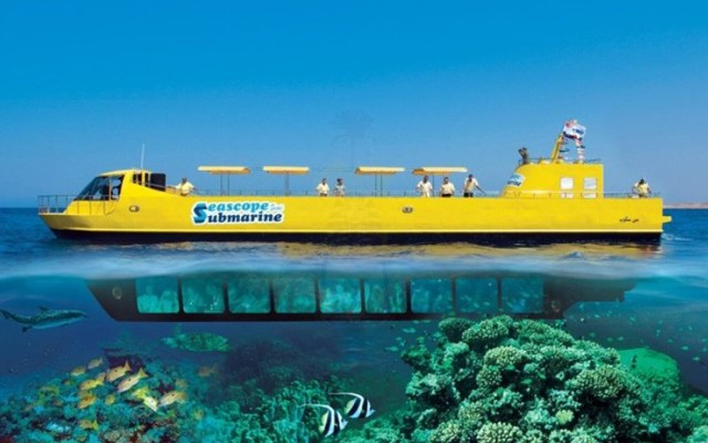 andaman-glass-bottomed-submarine