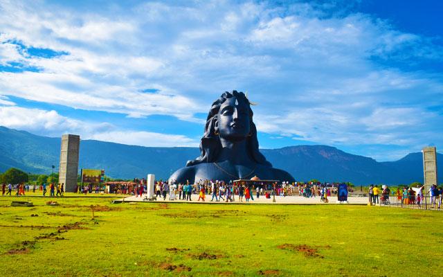 People visiting Isha Yoga Centre to witness the great Adiyodi Shiva statue