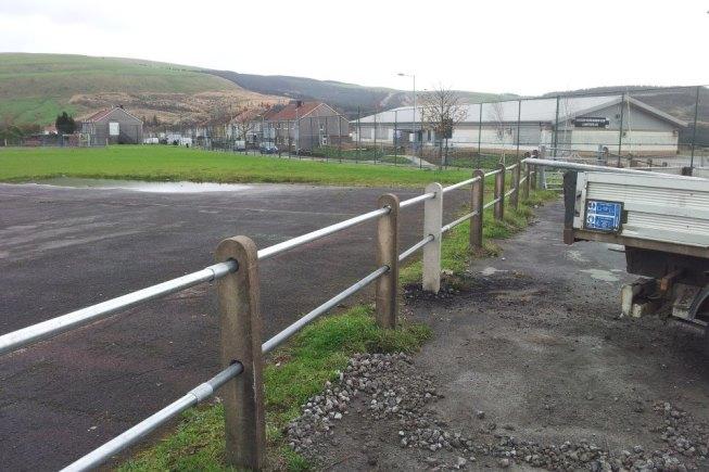 concrete fence fencing