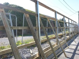 environmental-barrier-tesco-pontardullais-10