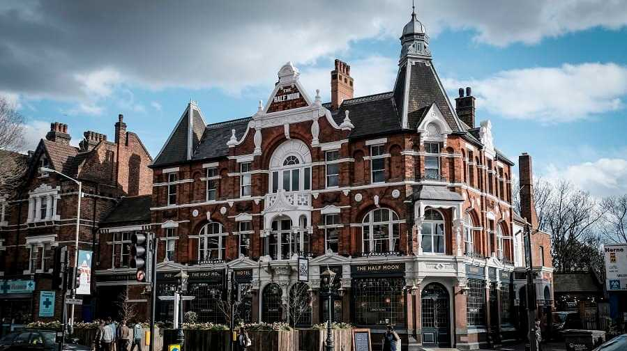 11ba32f5e8e Herne Hill s Half Moon named best pub in London - Southwark News