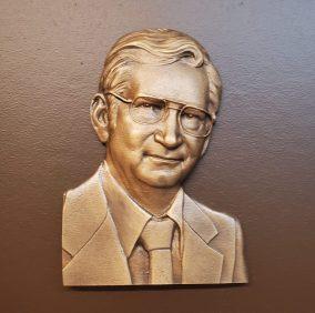 Dwight Vine, Bronze Bas Relief