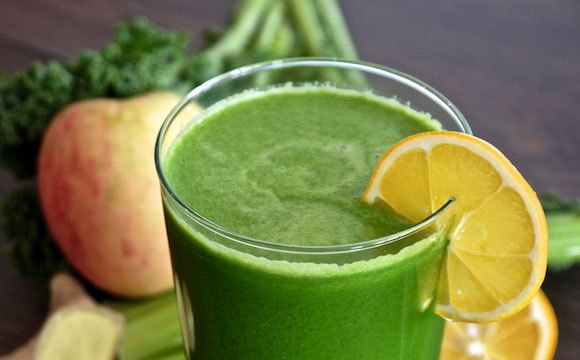 Green Juice: Kale, Celery, & Green Apple Juice